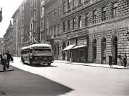 1953, Majakovszkij (Király) utca a Lövölde térnél, 6. kerület