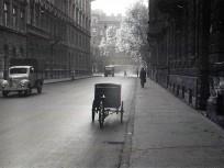 1960, Felsőerdősor utca a Lövölde tér felé nézve, 6. kerület