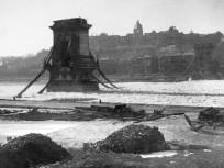 1945, Széchenyi rakpart, 5. kerület (1950-től)