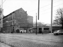 1960, Mártírok útja (Margit körút), jobbra a Rómer Flóris utca torkolata
