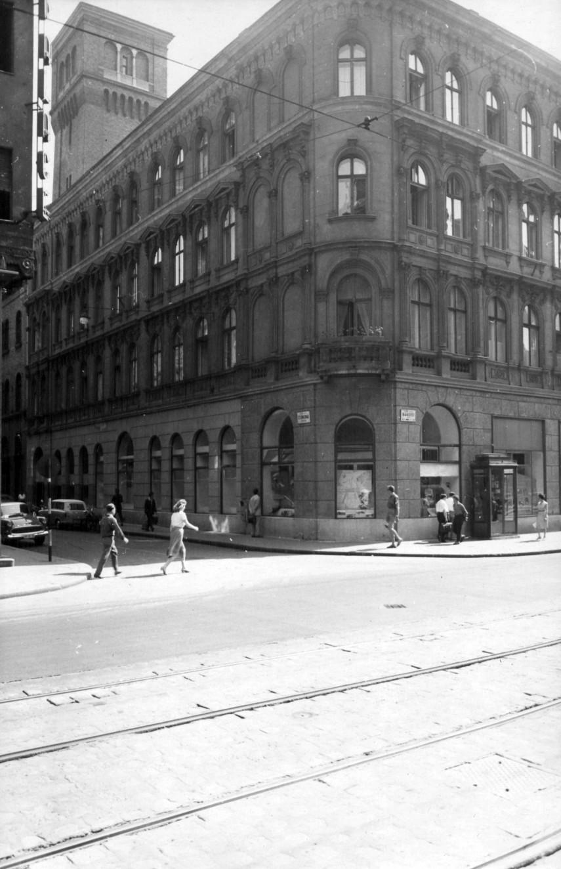 1961, Csokonai utca a Rákóczi útnál, 8. kerület