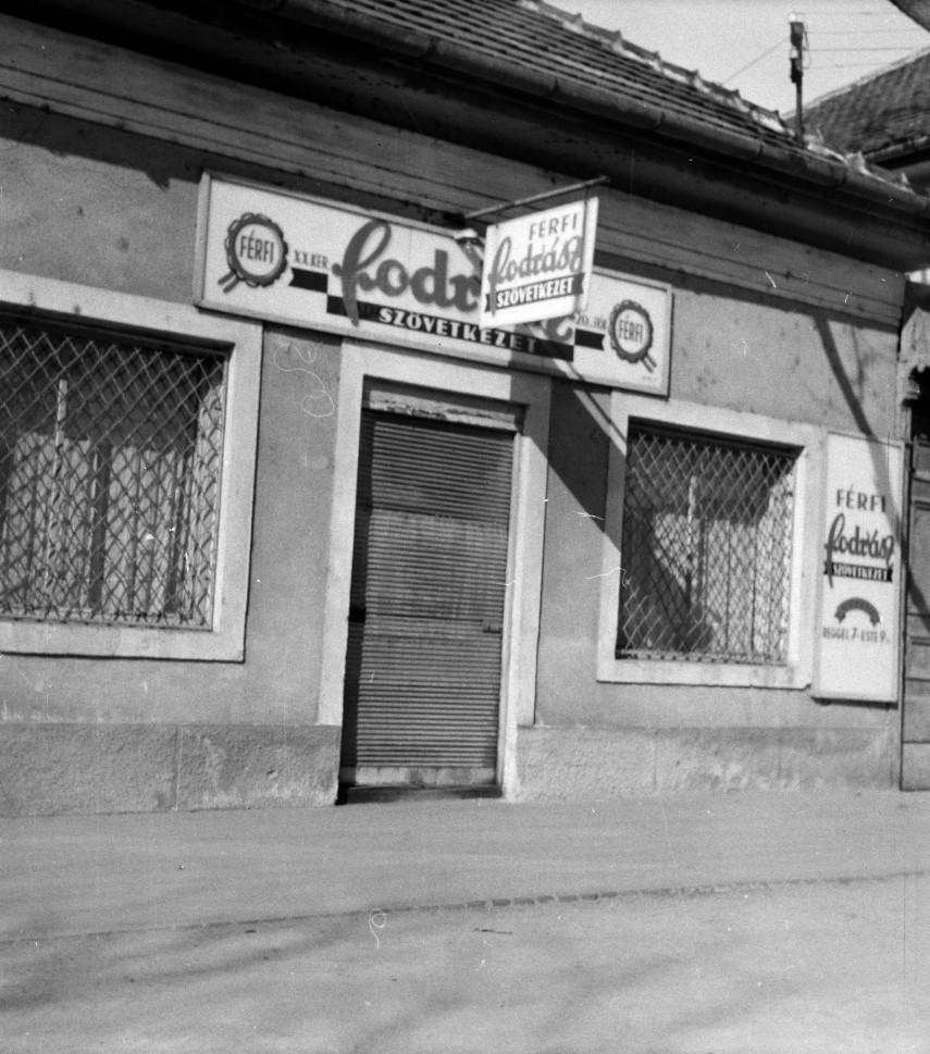 1961, Marx Károly (Grassalkovich) út 156., 23. kerület