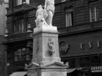 1984, Felszabadulás tér (Ferenciek tere), 5. kerület