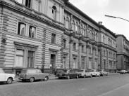 1975, Jókai utca 35.