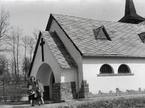 1943, Nagykovácsi, Tisza István-liget (1950-től Adyliget), a Szent István király kápolna