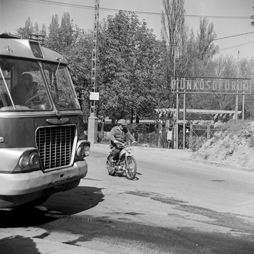 1967, Munkácsy (Pünkösdfürdő) utca Vörös Hadsereg (Királyok) útjánál, 3. kerület