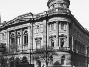 1930, Ferenciek tere, az Egyetemi könyvtár