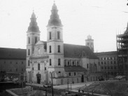 1900-as évek eleje, Eskü tér