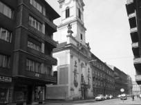1968, Váci utca