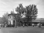 1953, Múzeum körút a Rákóczi út sarkán, 8. kerület