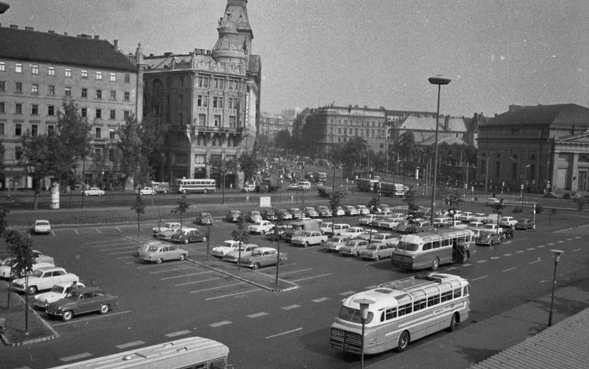 1966, Engels (Erzsébet) tér, 5., 6. kerület