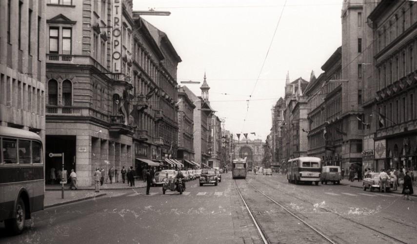 1962, Rákóczi út, 8. és 7. kerület