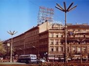 November 7. tér (Oktogon), 6. kerület
