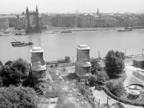 1950, a felrobbantott régi Erzsébet híd, 1. kerület