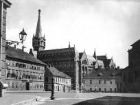 1933 Kapisztrán tér, 1. kerület