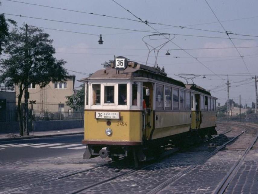 1976, Jászberényi út, 10. kerület