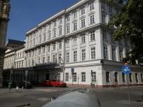 2017, Akadémia utca, 5. kerület