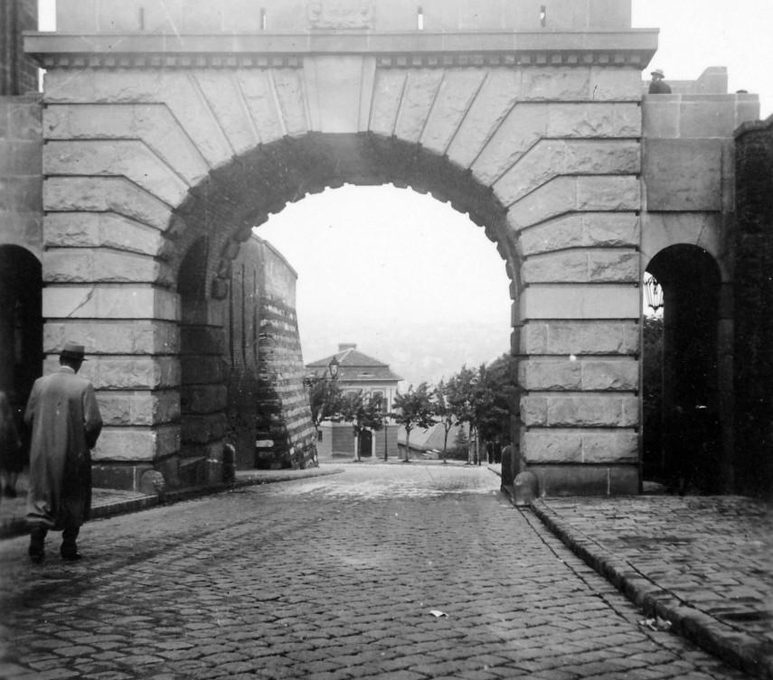 1940, a Bécsi kapu tér, 1. kerület