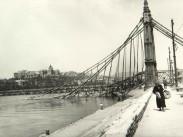 Erzsébet híd(-ak) és környékeik, Régi Erzsébet híd 1945, 5. kerület