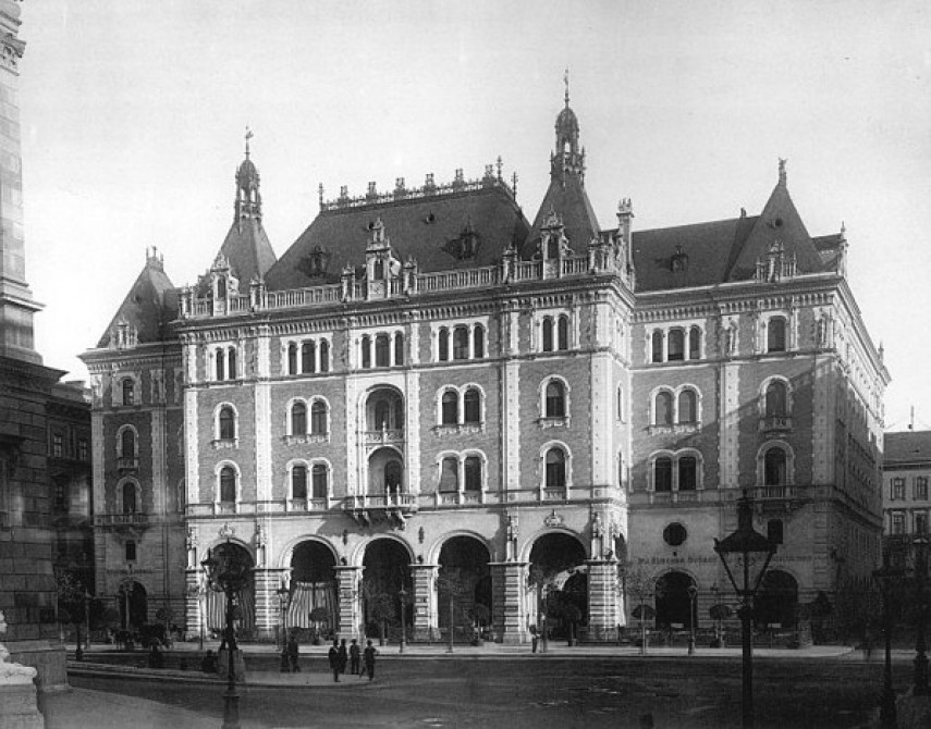 1890-es évek eleje, Andrássy út, 6. kerület