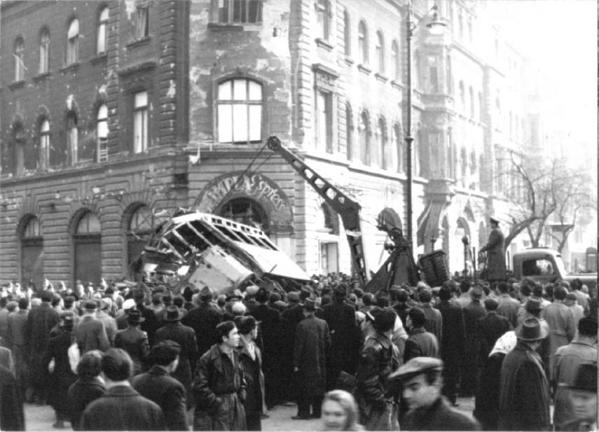 1956, József körút, 8. kerület