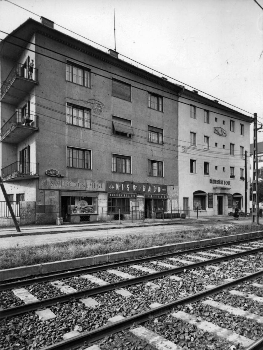 1960, Villányi út