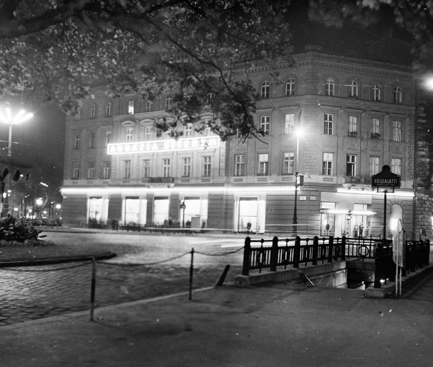 1960, November 7. tér (Oktogon), 6. kerület