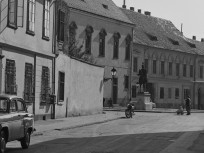 1966, Úri utca, 1. kerület