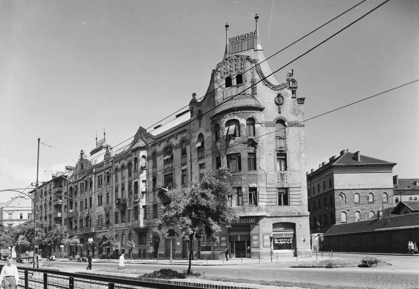 1957, Fiumei út, 8. kerület
