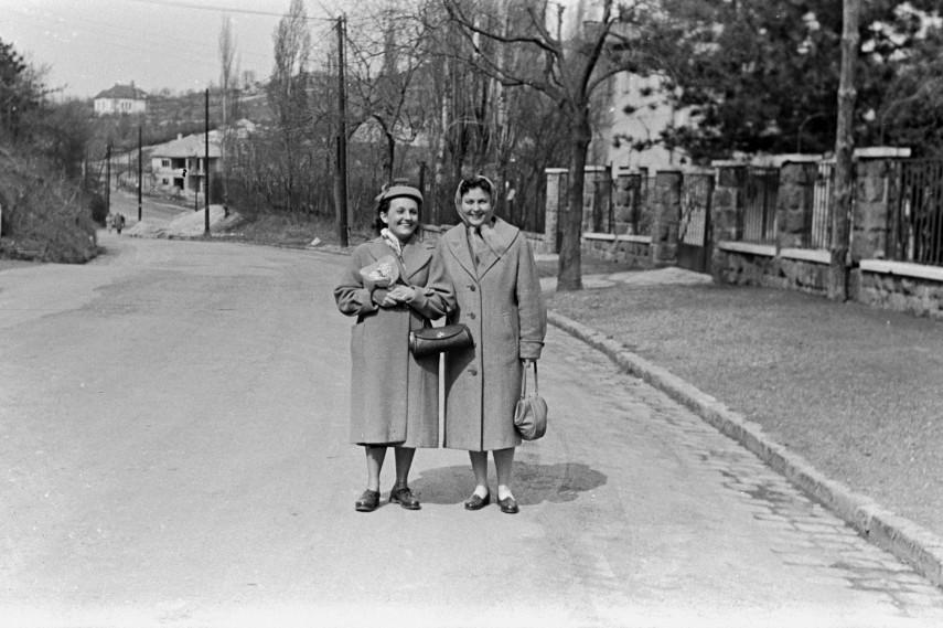 1959, Fodor utca az Istenhegyi út felé nézve