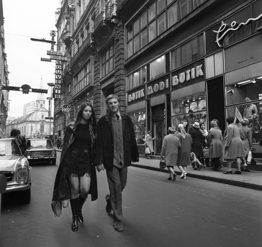 1972, Kígyó utca