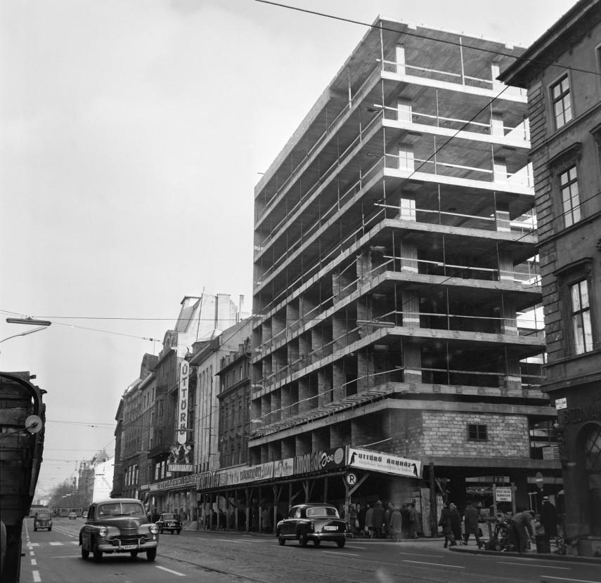 1963, Kossuth Lajos utca a Szép utcánál