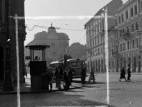 1954, Harminckettesek tere, 8. kerület