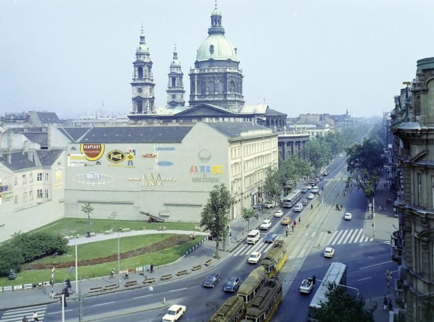 1975, Bajcsy Zsilinszky út, 5. kerület