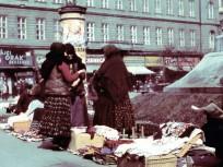 1936, Blaha Lujza tér, háttérben a Rákóczi út az Akácfa utcánál