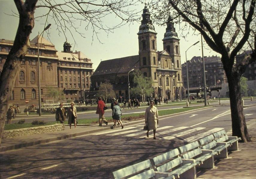 1976, Március 15. tér, 5. kerület