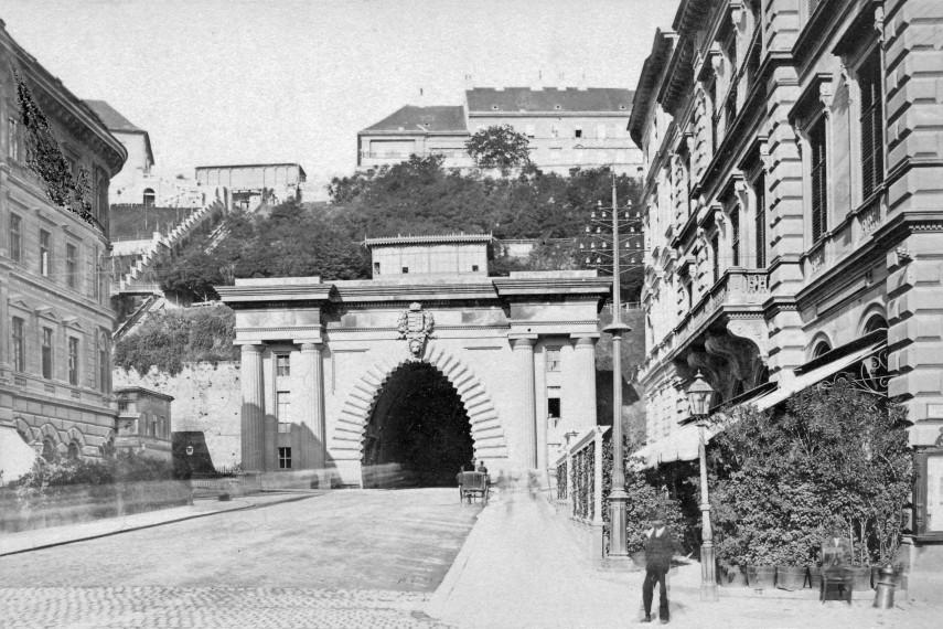 1900, Lánchíd (Clark Ádám) tér, 1. kerület