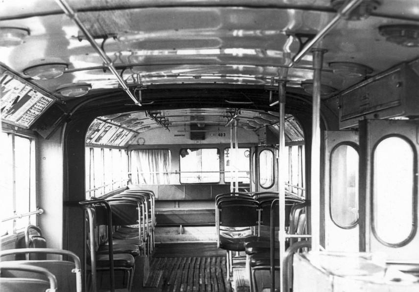 1962, egy Ikarus 60T csuklós (Ikarus 60-as csuklós trolibusz) belülről