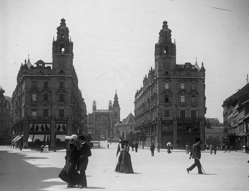1902, Kígyó tér (Ferenciek tere), 4, (1950-től 5.) kerület