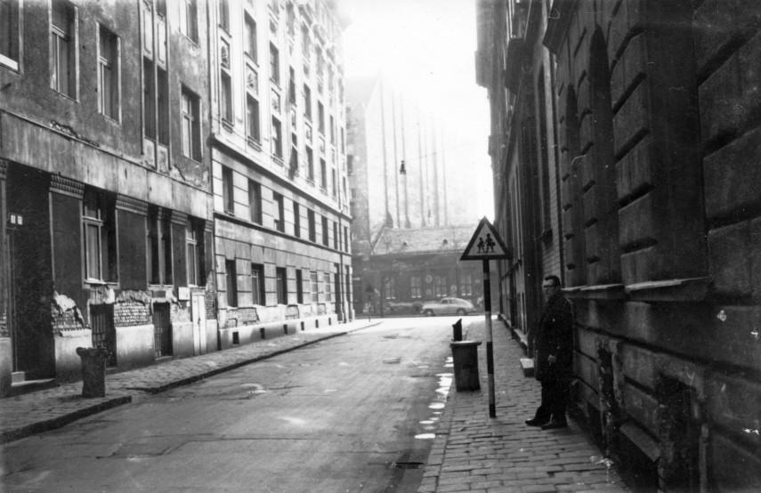 1966, Homok utca, 8. kerület