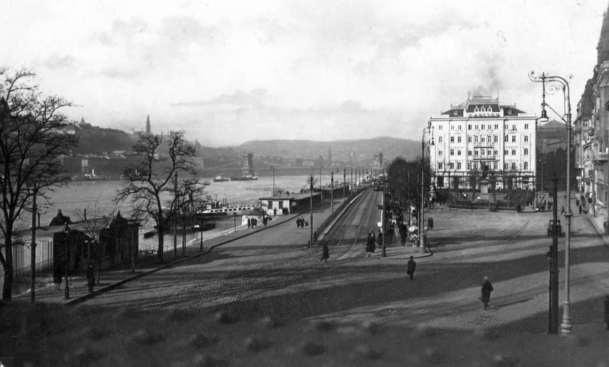 1930, Petőfi tér, 5. kerület