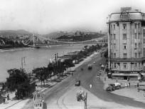 1935, Fővám tér, 4. (1950-től)  5. kerület