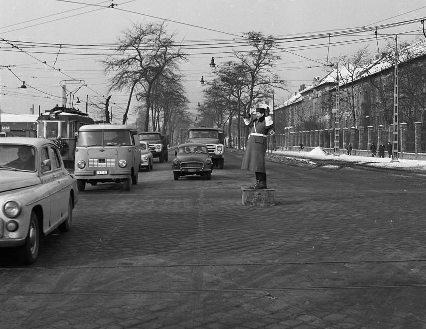 1968, Üllői út a Könyves Kálmán körút felől, 8. kerület