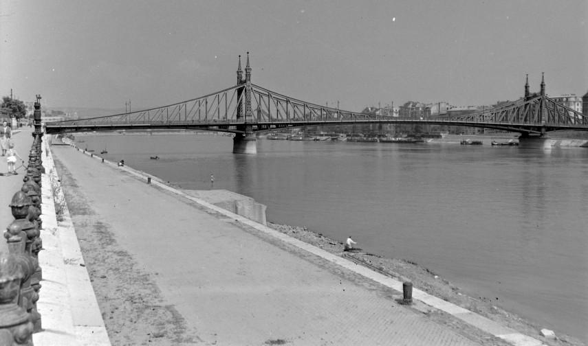 1959, Szabadság híd Budai alsó rakpart, 11. kerület
