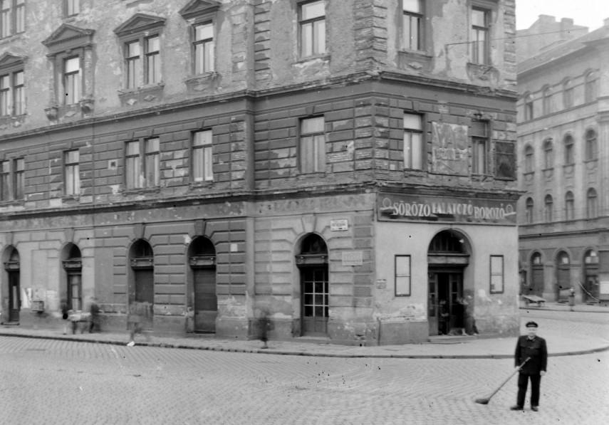 1960-as évek, Köztársaság, (II. János Pál pápa) tér, 8. kerület
