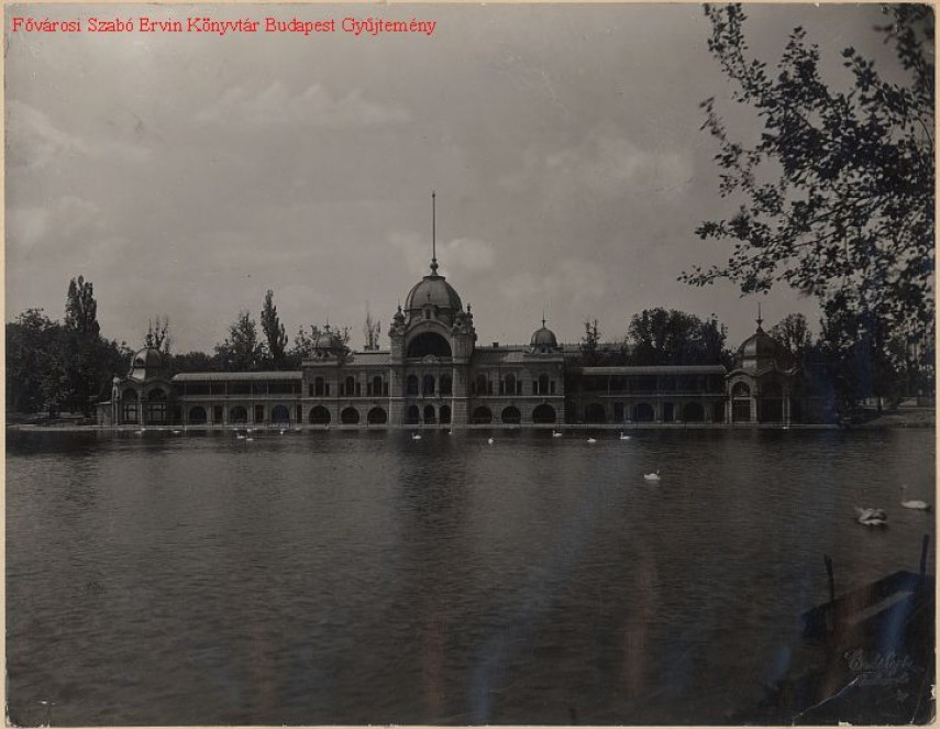 1895-1926, A Városligeti jégpálya csarnoka, 14.kerület