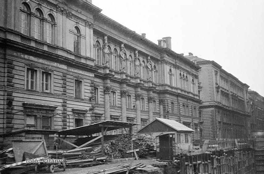 1978, Jókai utca, 6. kerület