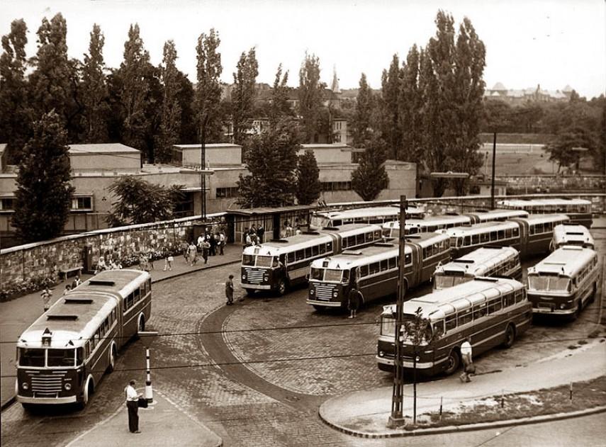 1963-1964, Nagyvárad tér, 8. kerület