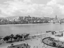 1955, Molotov (Vigadó) tér , 5. kerület