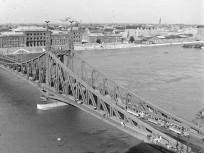 1949, Szabadság híd, 11. és 9. kerület